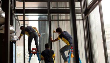 Montaż folii okiennych, budowlanych